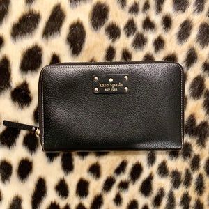 Kate Spade Leather Zip Around Travel Wallet